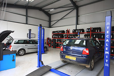 Newton Abbot tyre fitters